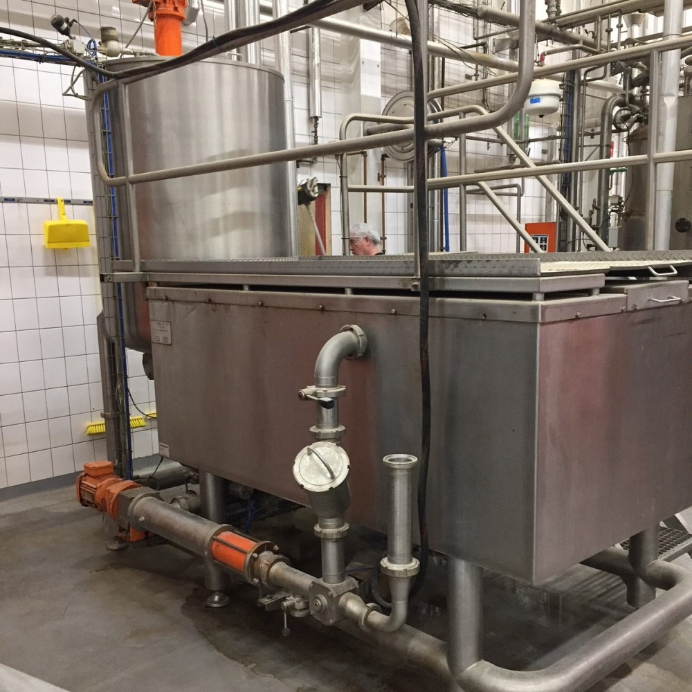 Liquorice Buffer Tank